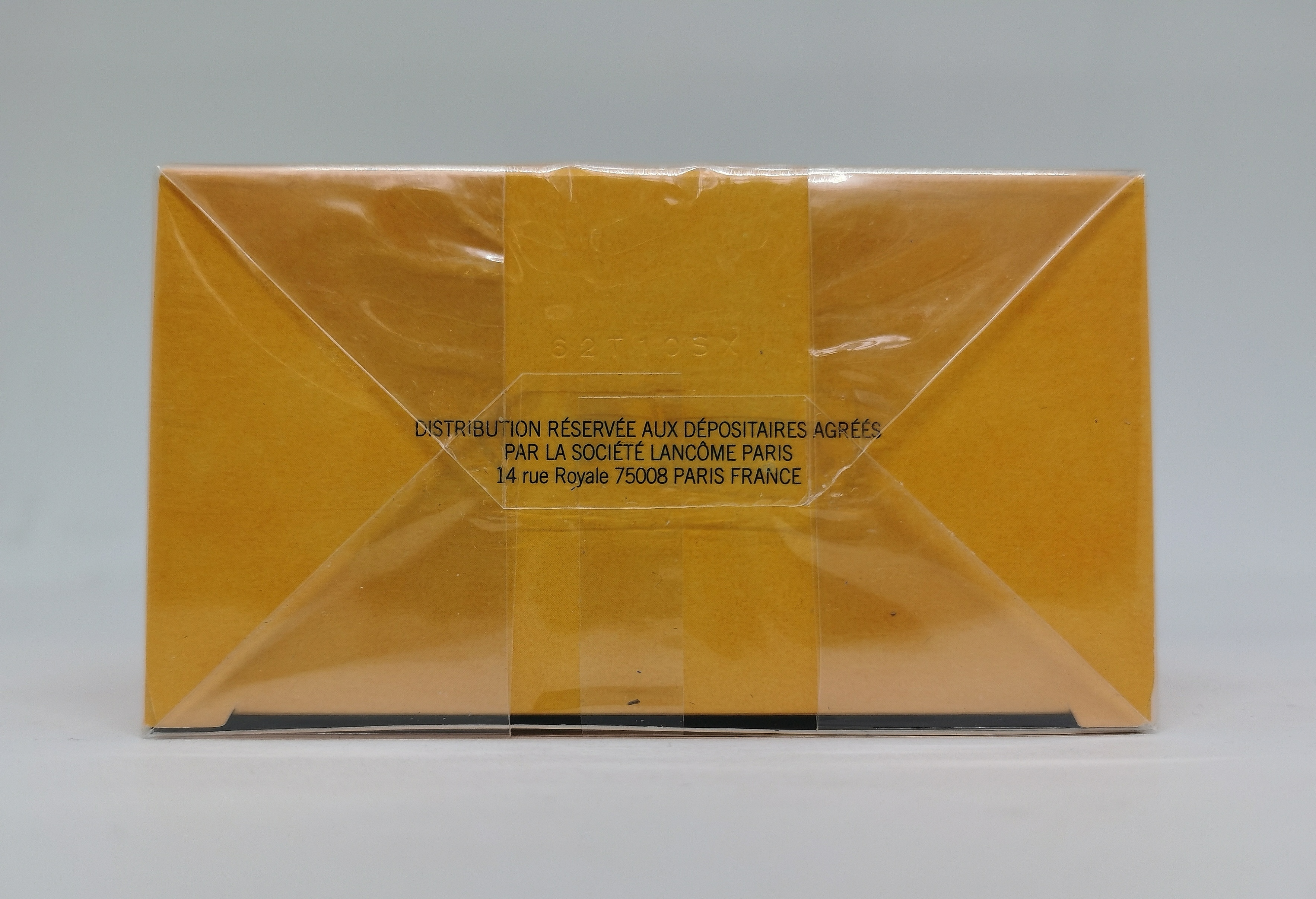 Парфюмерная вода 100 мл Lancome Poeme - фото батч-кода на коробке