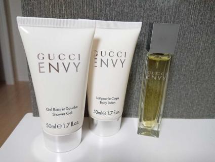 Набор (туалетная вода 50 мл + гель для душа 50 мл + лосьон для тела 50 мл) Gucci Envy